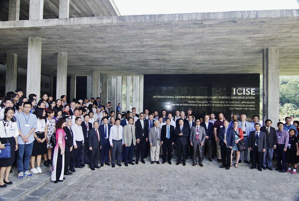 Creare ponti tra Europa e Asia: prof. Jean Tran Than Van e prof. Le Kim Ngoc